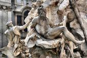 Zeus (grego). Júpiter (latim)